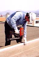 コンクリート鋲打ち作業